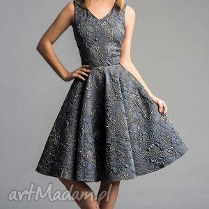 sukienka gina koło midi ofelia, midi, tiul, rozkloszowana, błyszcząca, srebrna