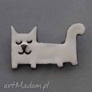 leniuszek-broszka ceramiczna - minimalizm, prezent, kociara, biały, kot, urodziny