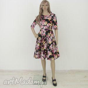 sukienka czarna w kwiaty z kieszeniami, sukienka, kwiatki, kieszenie, midi