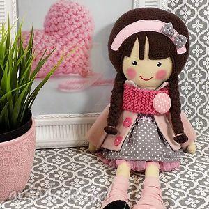 malowana lala magdalena z wełnianym szalikiem, lalka, zabawka, przytulanka, prezent