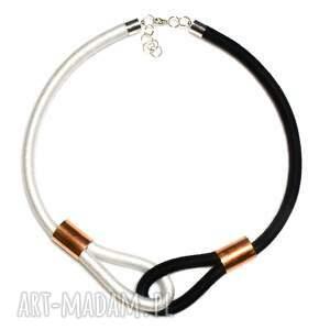 black white, modny, naszyjnik, dwukolorowy, minimalistyczny, oplatany naszyjniki