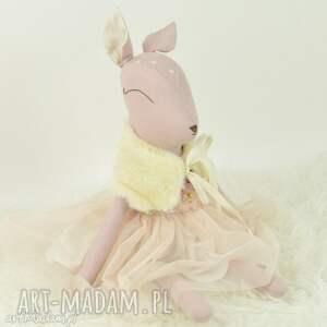 zabawki sarenka w tiulowej sukience, sarenka, przytulanka, bambi, lalka, szmacianka