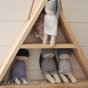półka, drewniana, wisząca, trójkątna, dzieci, ściana, prezent na święta