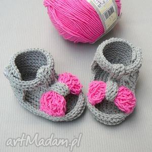 sandałki malaga, buciki, sandałki, babyshower, newborn, dziewczynka, niemowlę