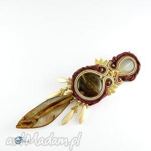 brązowa broszka w stylu tribal - boho, tribal, broszka, przypinka, sutasz