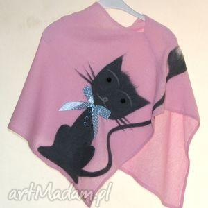 ponczo dla dziewczynek wełną zdobione, prezent, urodziny, dzianina, koty, motyle
