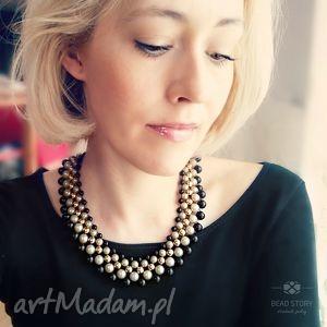 ursula, kolia, klasyka, elegancja, perły, korale, satyna naszyjniki biżuteria