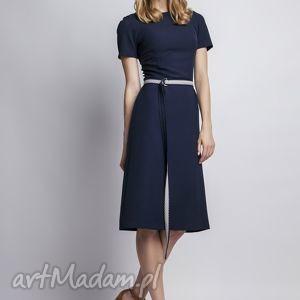 sukienka, suk128 granat, romantyczna, prosta, subtelna, kobieca, pasek, pod