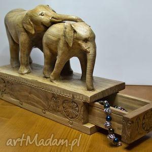 Dwa drewniane słonie z szufladkami, słonie, słoń, szufladki, puzderka, drewno