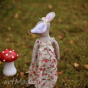 leśna bajka - sarenka alicja , sarenka, lalka, sukienka, różyczki dla dziecka