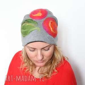 czapka handmade czesanką filcowane, wełna, ludowa, merynosy, czapka, folk, mama