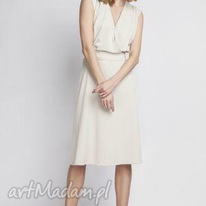 Sukienka, SUK125 beż, kopertowa, beżowa, wesele, zmysłowa, kobieca, klasyczna