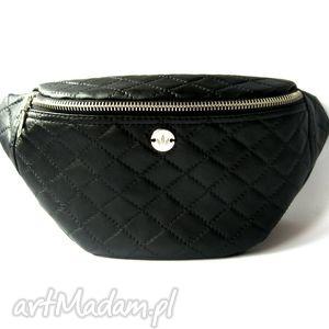 black caro nerka saszetka, nerka, pikowana, handmade, autorska, pikówka