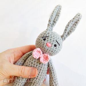 Królik Walery - ,króliczek,królik,maskotka,przytulanka,szydełko,