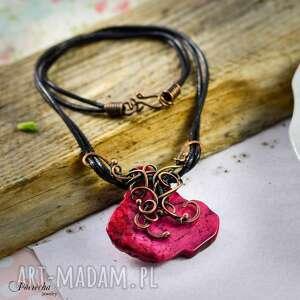 rose - naszyjnik z howlitem - naszyjnik, wisior, miedź, czerwony, howlit, wirewrapping