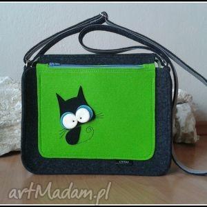 na ramię torebka z kotkiem wzor autorski , listonoszka, torebka, filcowa, kot, catoo