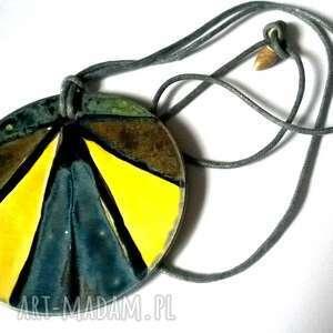 ceramiczny szkliwiony naszyjnik wymarzony - medalion