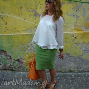 zielona dzianinowa spódnica w formie tuby, spódnica, tuba, spódniczka, uniwersalna