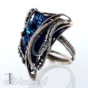 osobliwość blue alien srebrny pierścień z kwarcem tytanowym, srebro, 925, kwarc