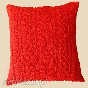 ręczne wykonanie poduszki duża czerwona