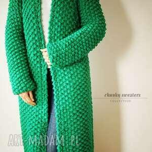 prezenty na święta, green chunky, sweter, płaszcz, dziergany, druty, merynos