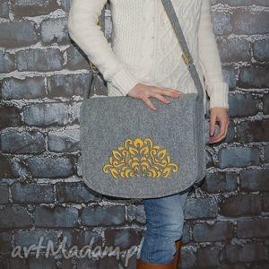 Filcowa torebka na ramię - listonoszka hand made, torebki, torby, na, ramię, filc