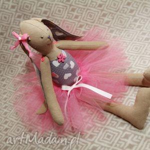 Baletnica serduszko, baletnica, tutu, królik, zając, roczek, chrzest