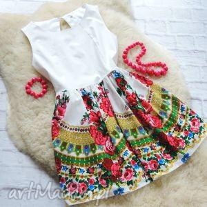 biała sukienka z góralskim wzorem cleo folk, sukienka, cleo, góralska ubrania
