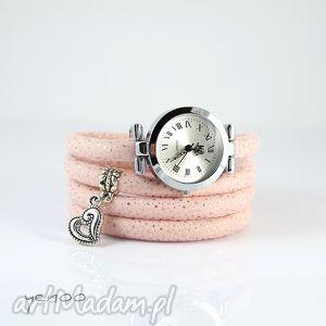 Prezent Zegarek, bransoletka - Serce owijany, pudrowy róż, zegarek,