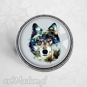wilk niespotykana broszka z garfiką w szkle - wilk, wilkiem, zwierzęta, szary