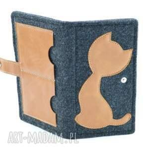 czarne portfele portfel filcowy ze skórzanym kotem