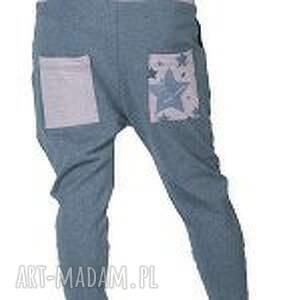 różowe spodnie yoga gwiazdy damskie - baggy