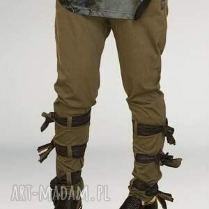 trendy spodnie wiązane zielone z wiązaniami