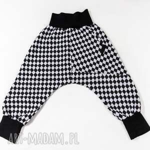 ubranka spodnie z obniżonym krokiem romby