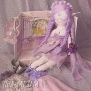zabawki wróżka bajka z magiczną szafą - elfia